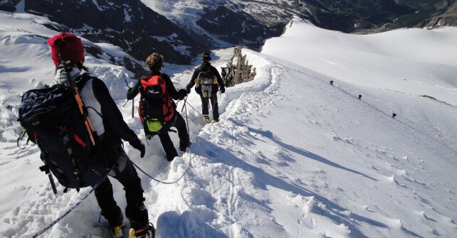 9 WINTER ACTIVITIES YOU CAN DO ON THE EASTERN ALPS