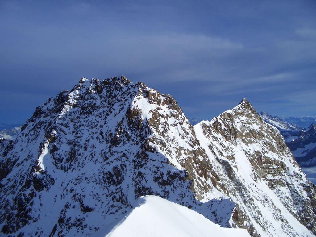 Dofour peak 4633mt