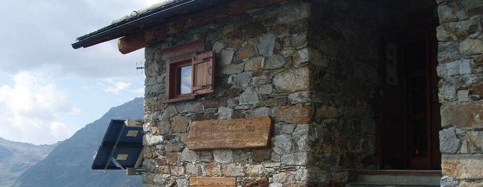 Carestia mountain hut