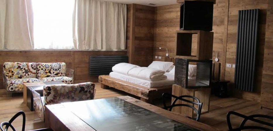 olen hotel alagna with direct access to ski slopes
