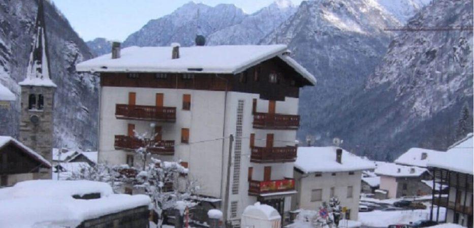 pensione genzianella alagna ski slopes