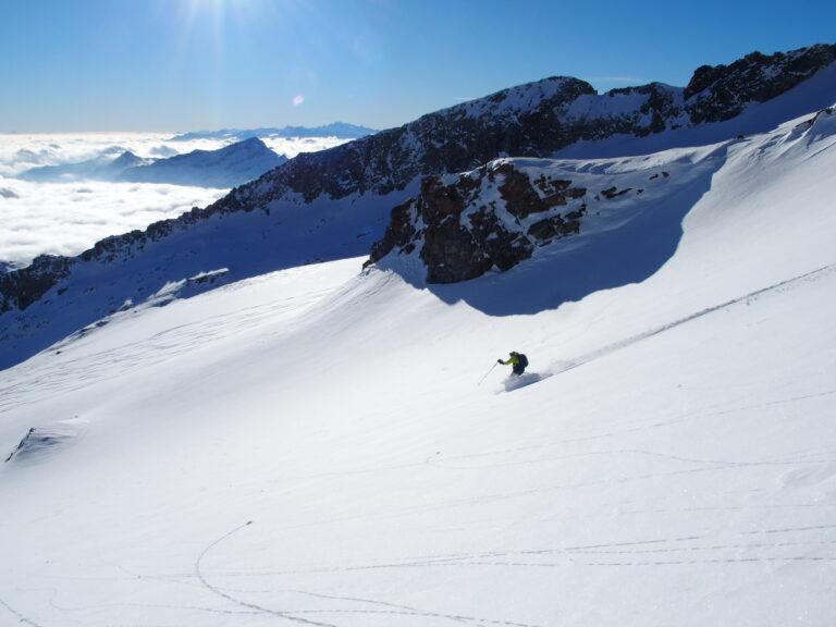 Ski mountaineering Piramyde Vincent