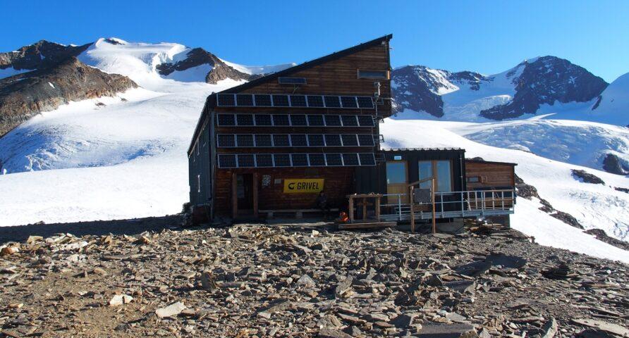 Refuge Quintino Sella hut